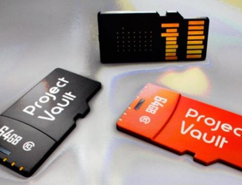 Cette micro carte SD contient un ordinateur sécurisé complet – le Vault de Google